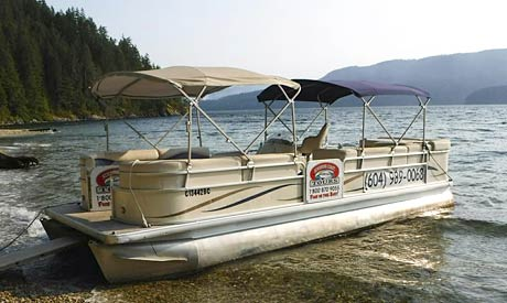 Pontoon Tour Boat